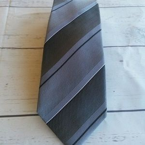 Marc Anthony 100% Silk Mens Neck Tie Dark Gray